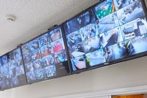 監視カメラのモニター